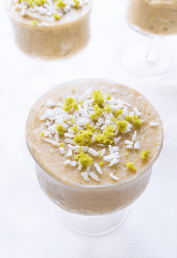 Raw sugar-free coconut lime avocado mousse